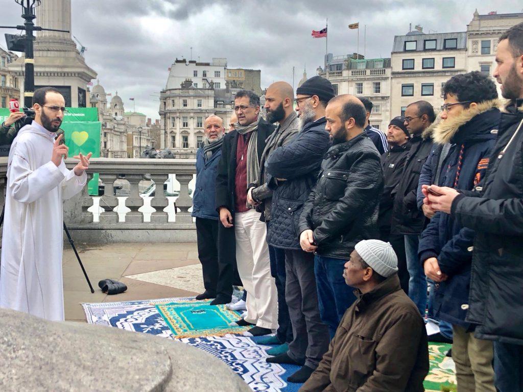 trafalgar square victim prayer3
